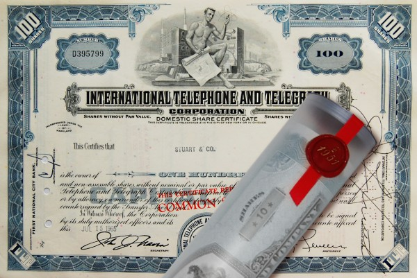 Aktie 1965 INTERNATIONAL TELEPHONE in Geschenkrolle
